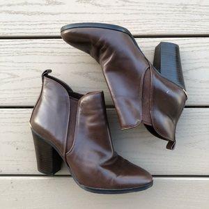 Michael Kors Brandy Mocha Brown Leather Bootie, 9